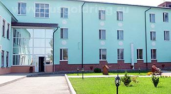"""Внешний вид отеля """"Транзит"""" в Пскове"""