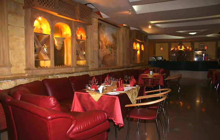 Восточный зал ресторана